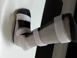 A.F.O.(Foot drop splint) With Hinges(Articulated)(Rt/Lt)